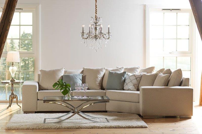 MILANO/kampine-sofa-lova-lyros-baldai-lyra-group-skandinavisko-stiliaus-baldai-kede-stalas-pufas-fotelis